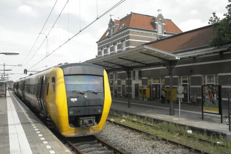 Syntus Buffel en station Tiel