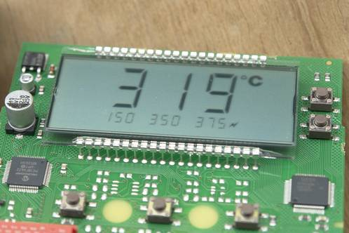 Switched on Weller WD1 power unit with missing digits in the LCD